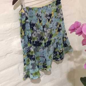 Old navy never worn polyster skirt